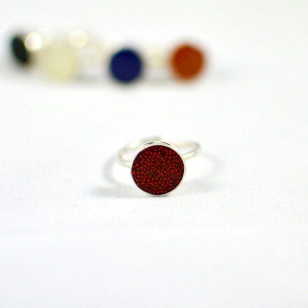 Χειροποίητο δαχτυλίδι caviar