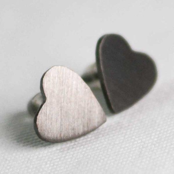 Χειροποίητα σκουλαρίκια γκρι καρδιές