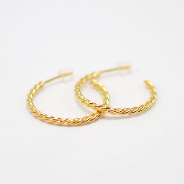 Χειροποίητα σκουλαρίκια κρίκοι χρυσοί braid