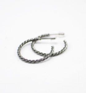 Χειροποίητα σκουλαρίκια κρίκοι γκρι braid
