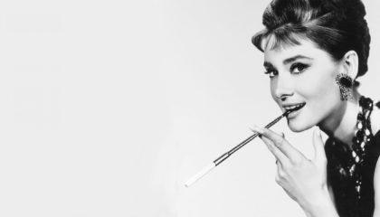 Βίντεο: Πως να κάνεις το make-up look της Audrey Hepburn