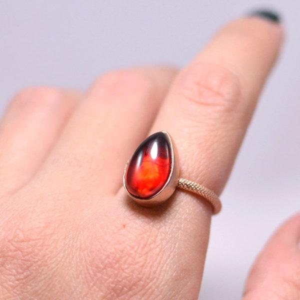 Χειροποιήτο δαχτυλίδι με κόκκινο ζιργκόν Cora